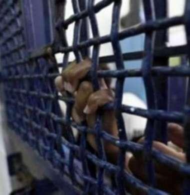 الاحتلال يمنع ذوي أسيرين من يعبد ومحامي هيئة الأسرى من زيارتهما