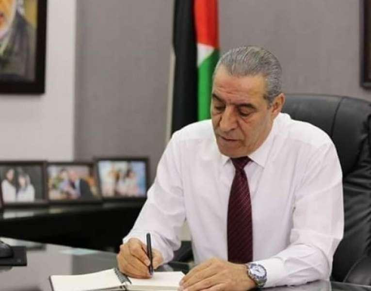 الشيخ: الرئيس يتخذ سلسلة قرارات تجاه موظفي قطاع غزة كانت عالقة منذ سنوات طويلة