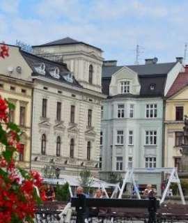 بولندا تؤكد زيادة دعمها المالي لوكالة الأونروا