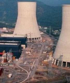 الأمن الإسرائيلي يطالب علماء مفاعل ديمونا بالحذر