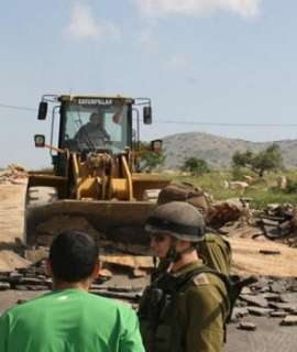 نابلس: الاحتلال يغلق الطرق المؤدية الى جبل صبيح ويصادر جرافة