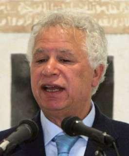 وفاة الشاعر الفلسطيني مريد البرغوثي