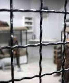 7 أسرى يدخلون أعواماً جديدة في سجون الاحتلال