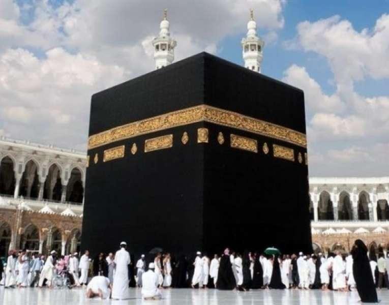 السعودية تبدأ تلقي طلبات العمرة من الخارج