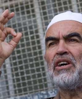 زبارقة: الشيخ رائد صلاح معزول في ظروف قاسية في سجن ريمون